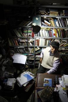Los 90 años de vida periodística de Cesar Levano. La vida entre libros y vivencias escritas.